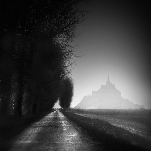 Mont-Saint-Michel X, photography by Marie-claude Strausz #fog #forest #trees