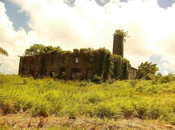 Source: i.imgur.com / via: reddit.com #abandon #place #photography #building