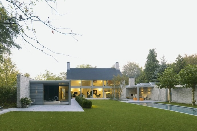 Villa Rotanda | iGNANT.de #brick #house #home #building #architecture