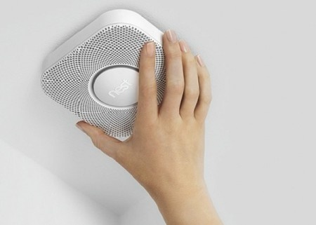 With the Nest Protect smoke alarm, avoid unnecessary panic, it will tell you where and what the danger is! #emergency #smoke #design #product #industrial #alarm