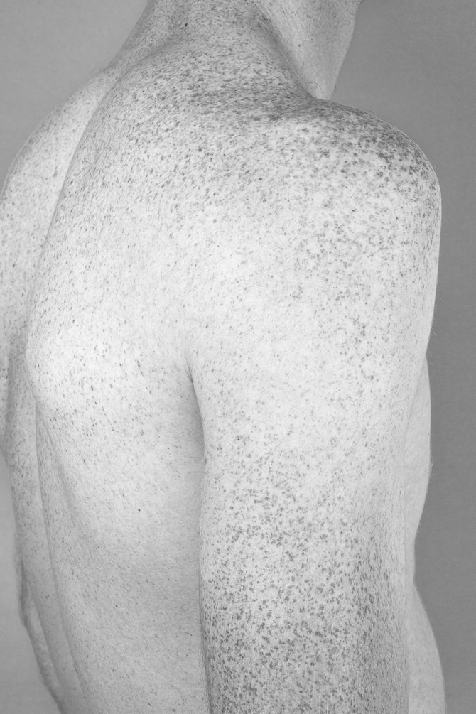 Michal Florence #photography #male #back #blackandwhite