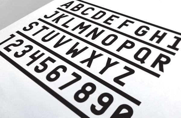 Elizabeth Dee : Jeff Jarvis #type #font #typeface #typography