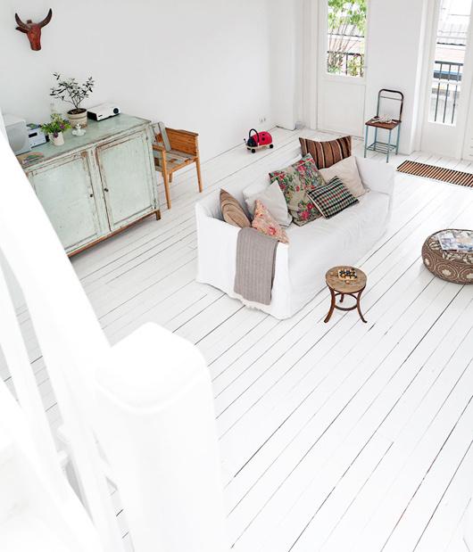 amsterdam home with white floors #interior #design #decor #deco #decoration
