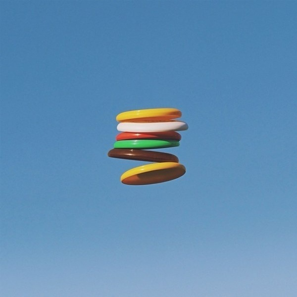 Buns - Frisbees #burger #flight #air #stack #throw #float #photography #colour #frisbee